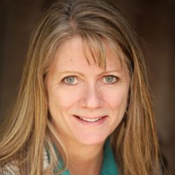 Laura Smith @ Midwest Realty & Auction