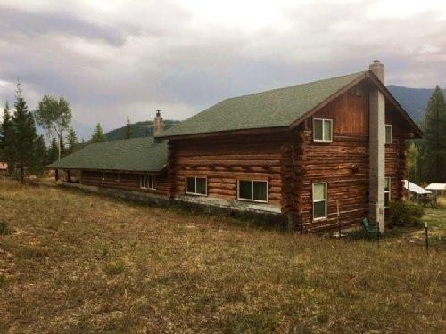 Country Log Home On 60 Acres : Heron : Sanders County : Montana