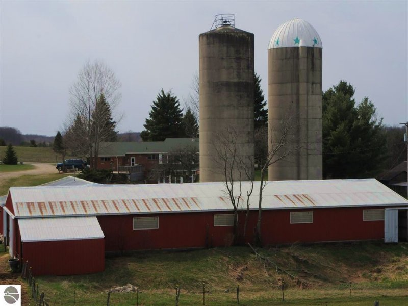 120 Acres Of Opportunities : Cadillac : Wexford County : Michigan