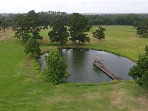 51 Acre Texas Country Estate : Huntsville : Walker County : Texas