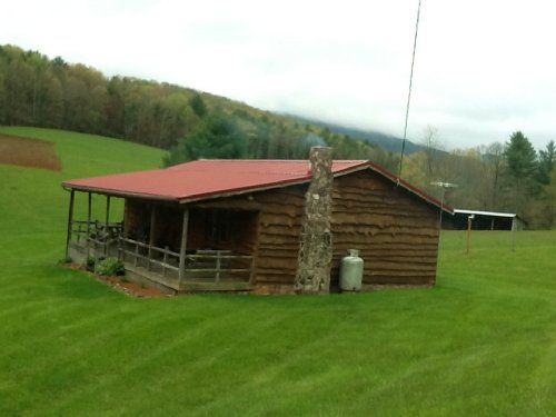 Recreational / Small Farm Cabin : Speedwell : Wythe County : Virginia