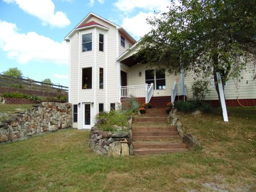 Idyllic Home In Mountain Setting : Independence : Grayson County : Virginia