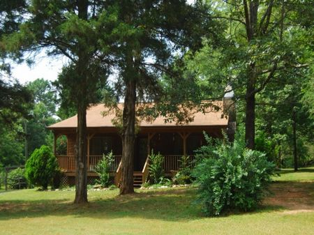 22 Acre Farm With Cabin : Welford : Spartanburg County : South Carolina