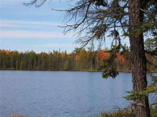360 Voelker Lk Rd 1098360 : Ishpeming : Marquette County : Michigan