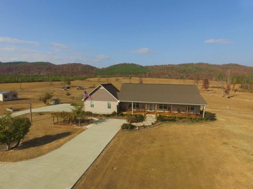5br 3.5ba On 6 Acres : Ashville : Saint Clair County : Alabama