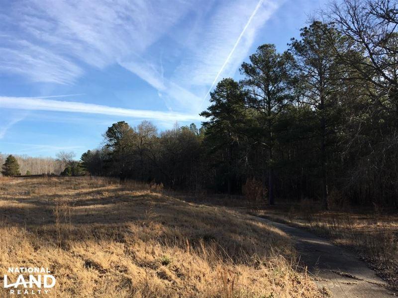 Large Acreage Homesite/Horse Farm : Union : Union County : South Carolina