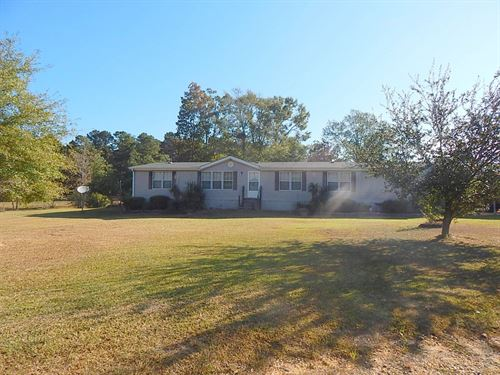 297 Joe Griffith Road 124764 : Oak Vale : Jefferson Davis County : Mississippi