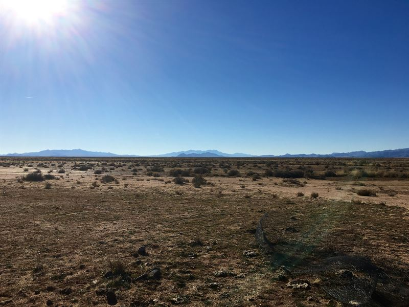 Over 10 Acre With Bonus Mobile Home : Kingman : Mohave County : Arizona