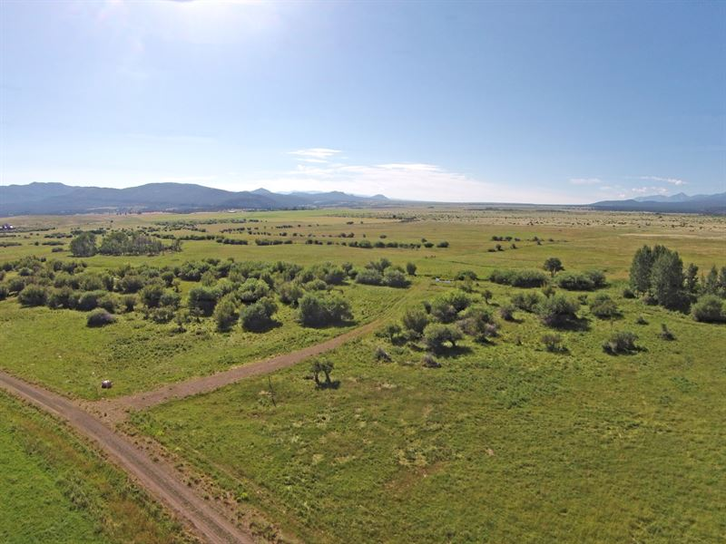 Creekside Homestead At Maytag Ranch : Hillside : Fremont County : Colorado