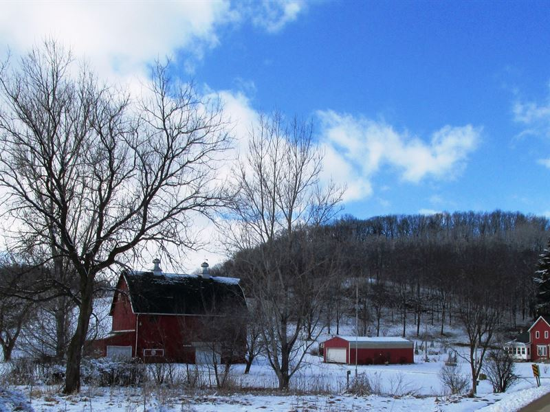 Waterfront Hobby Farm : Richland Center : Richland County : Wisconsin