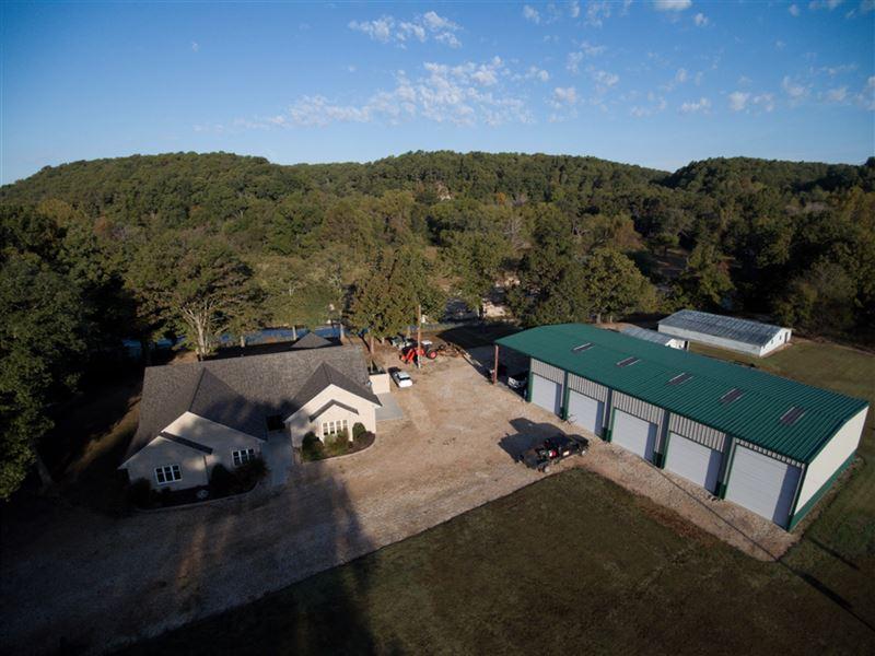South Buck Hollow Ranch : Tahlequah : Cherokee County : Oklahoma