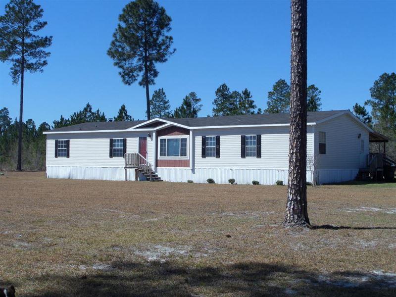 Land & Home On Waycross Hwy : Jesup : Wayne County : Georgia