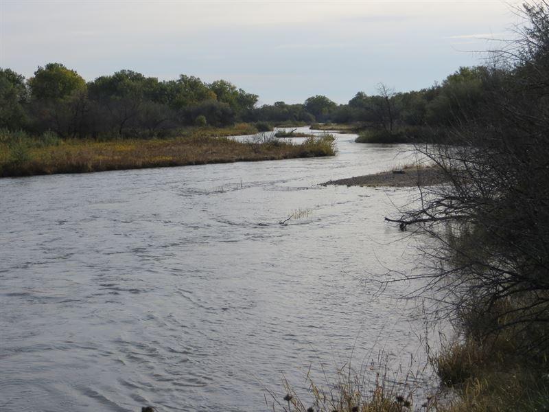 North Platte River Hunting Paradise : Hershey : Lincoln County : Nebraska