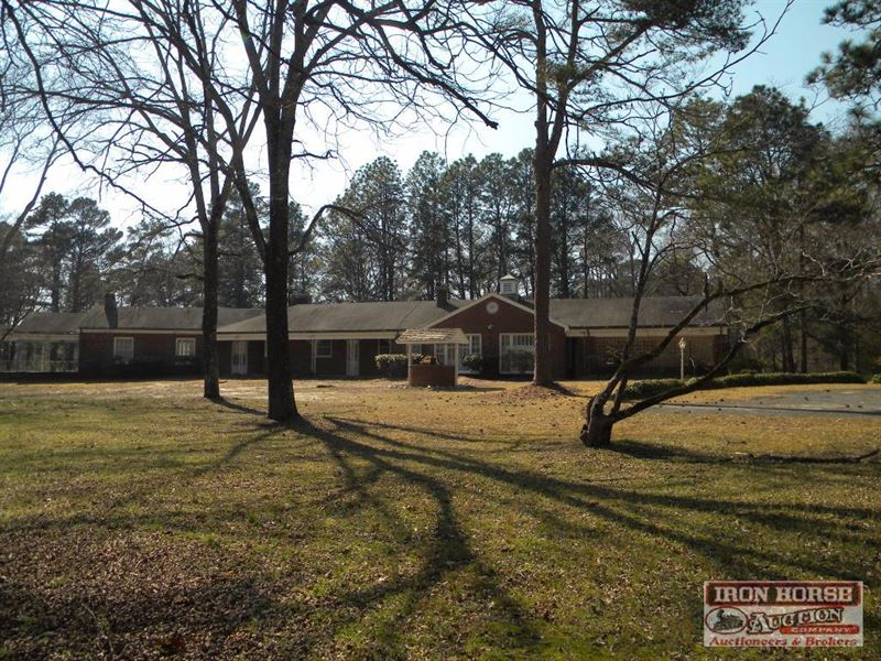 12 Acres And Estate Near Pinehurst : Candor : Montgomery County : North Carolina