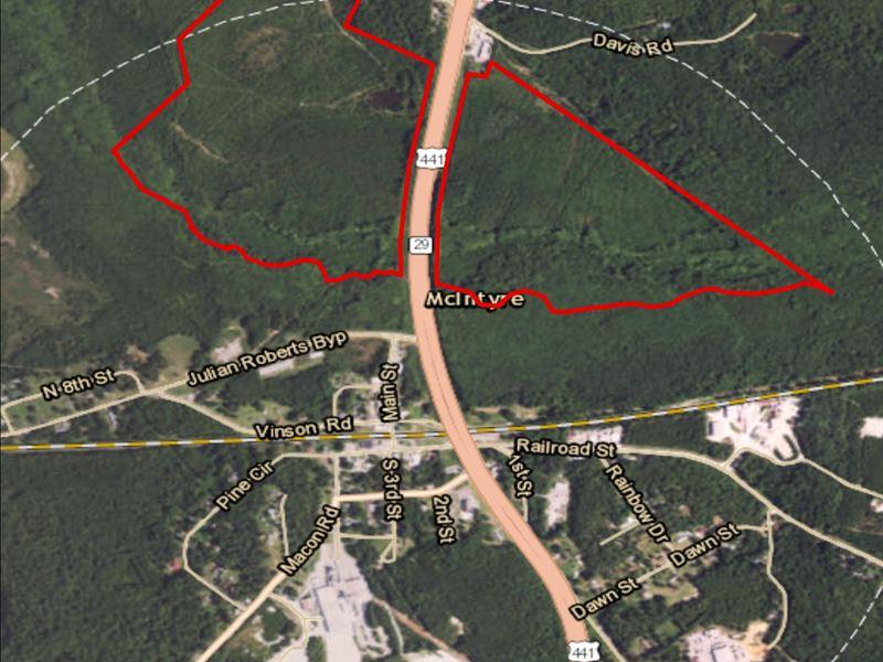 Davis Cemetery Rd : McIntyre : Wilkinson County : Georgia