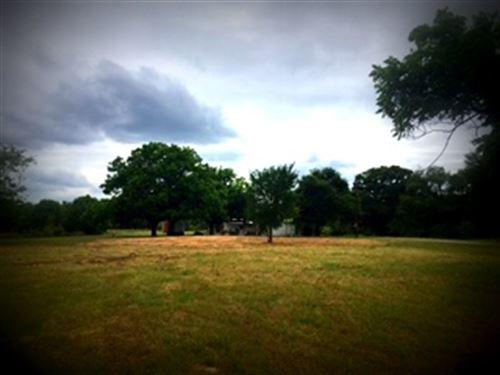 Prime Recreation With Home : Gordon : Palo Pinto County : Texas