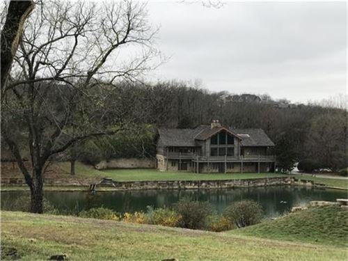 Beautiful Log Home, 20 Acres In Ks : Stilwell : Johnson County : Kansas
