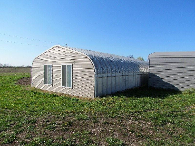 Blue Creek Farm : Pittsfield : Pike County : Illinois
