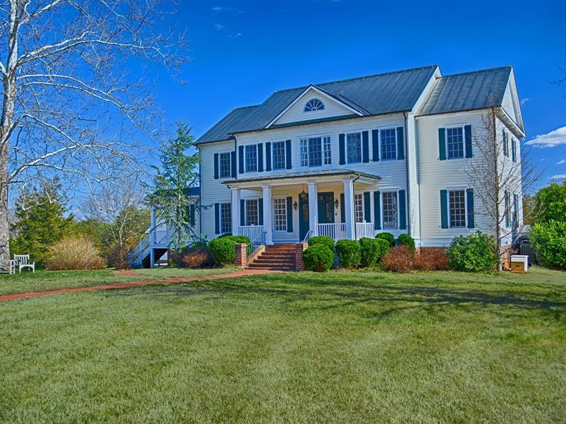 Simmons Gap Farm : Earlysville : Albemarle County : Virginia