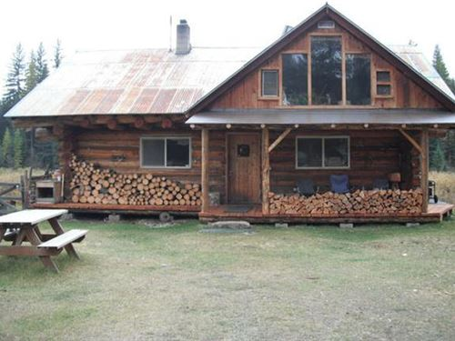 Montana Homestead : Yaak : Lincoln County : Montana