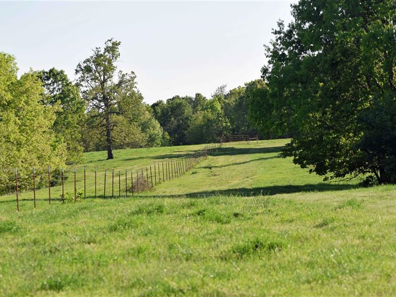 2 Sauns Farms 540 Acres +/- : Colcord : Delaware County : Oklahoma