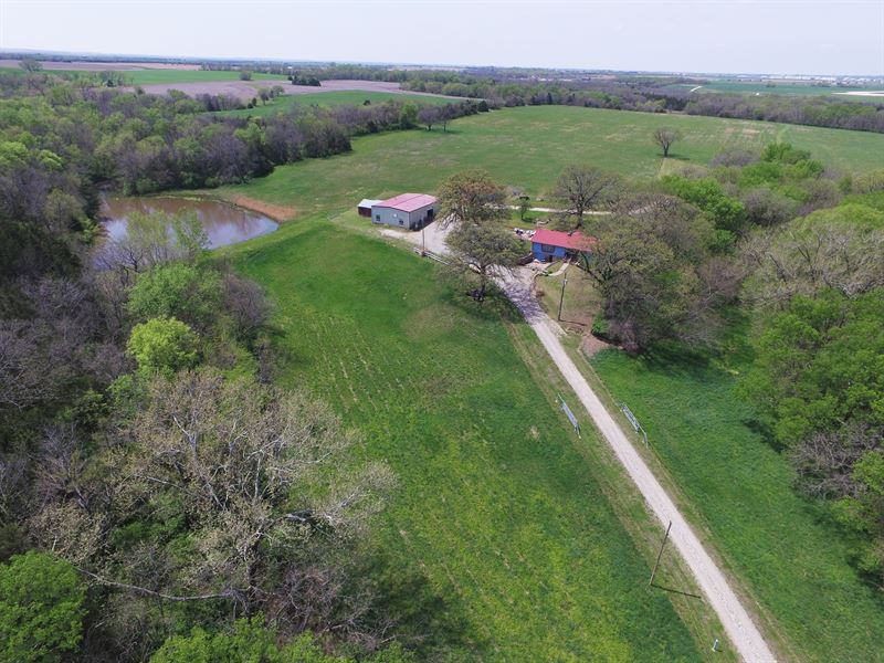 Absolute Auction Of Farm And Home : Berryton : Shawnee County : Kansas