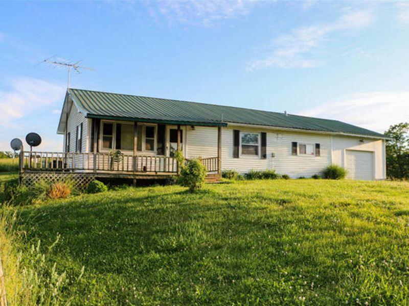 Private Setting On 10 Acres : Mountain Grove : Wright County : Missouri