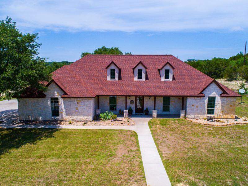 Spacious Austin Stone Home On 10 Ac : Bluff Dale : Erath County : Texas
