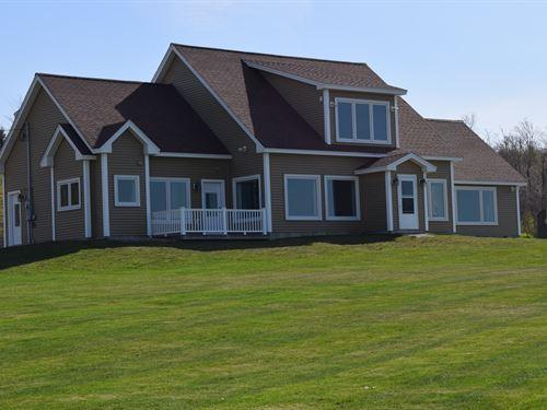 Newburgh Contemporary : Newburgh : Penobscot County : Maine