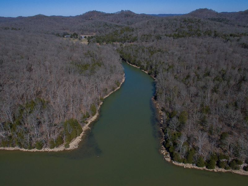 35 Ac. Retreat On Cordell Hull Lake : Gainesboro : Jackson County : Tennessee
