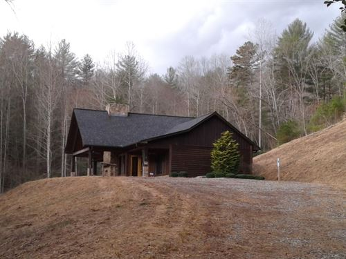 Mountain Lodge And Acreage : Ferguson : Wilkes County : North Carolina