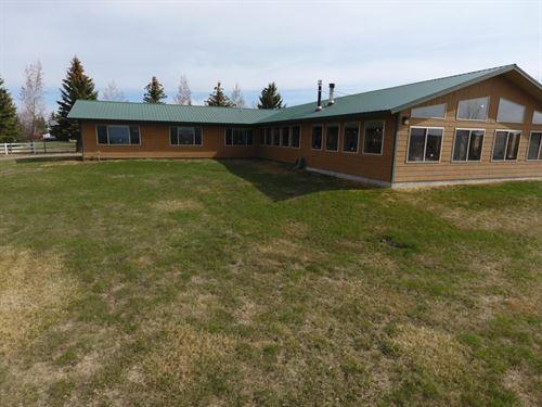 Hi-Line Getway : Cut Bank : Glacier County : Montana