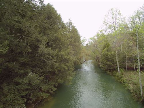 Large Acreage & Caney Fork Frontage : Crossville : Cumberland County : Tennessee