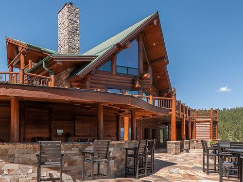 Log Elegance : Kalispell : Lake County : Montana
