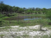 15.88 Acres With Tank : Brackettville : Kinney County : Texas