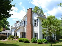 Historic House On 32 Acres : Hardy : Franklin County : Virginia