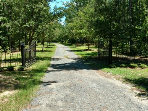 Pineover Fram Plantation & Retreat : Andrews : Williamsburg County : South Carolina