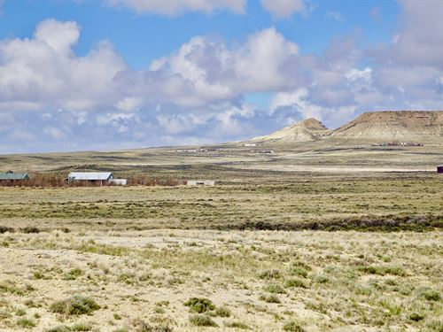 Ranch Near Electricity, I-80 & Town : Wamsutter : Sweetwater County : Wyoming