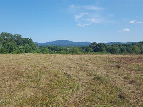 32Acres, Field, Woods, Stream, View : Roanoke : Virginia