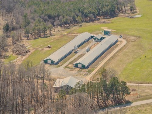 2 House Breeder Farm On 58+/- Acres : Boaz : Marshall County : Alabama