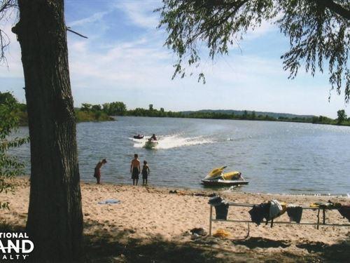 I-29 Lake And Farmland : Hamburg : Fremont County : Iowa