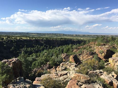 Canyon Heights Ranch : Pueblo : Colorado