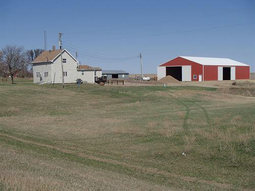 Outstanding Ranch & Farm Property : Aberdeen : Brown County : South Dakota