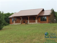 Spectacular Amish Built Log Home : Coloma : Waushara County : Wisconsin