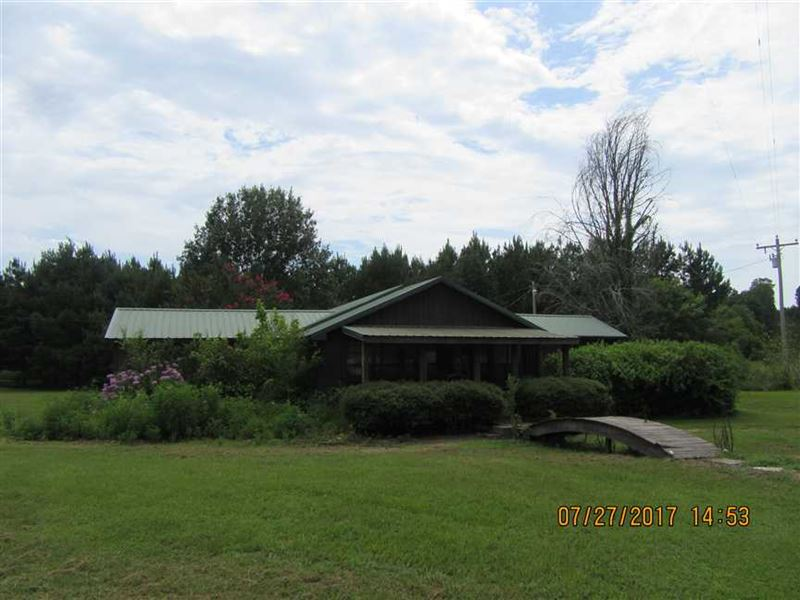 Complete Country Estate With Multi Ranch For Sale