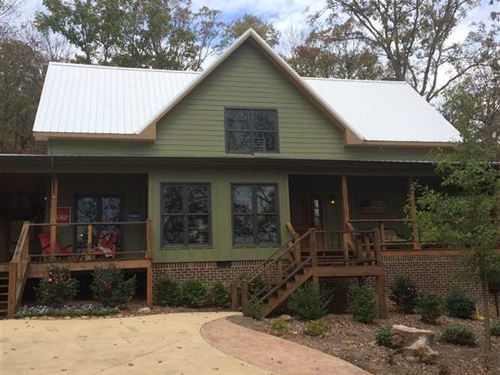 Private Retreat, Custom Craftsman : Gadsden : Etowah County : Alabama