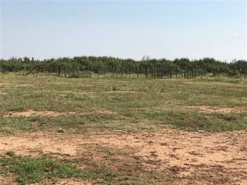 Great Location, 205 Acres W/Hwy 82 : Holliday : Archer County : Texas
