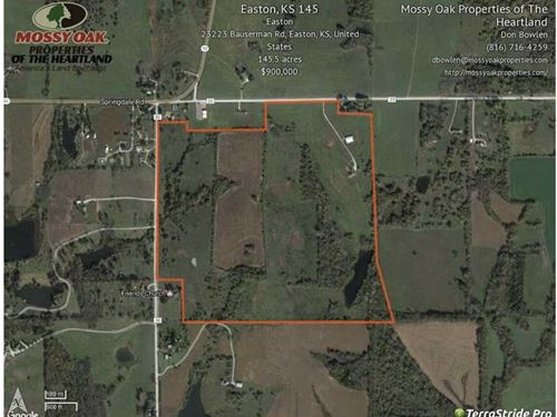 145 Acres With Modern 2512 sq ft : Easton : Leavenworth County : Kansas