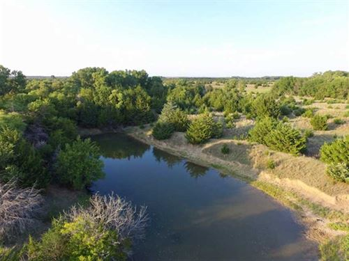 320 Ac of Excellent Hunting And : Stafford : Kansas