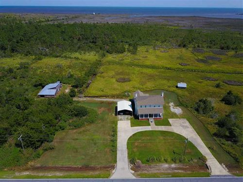 Reduced, 91 Acres of Waterfront : Engelhard : Hyde County : North Carolina
